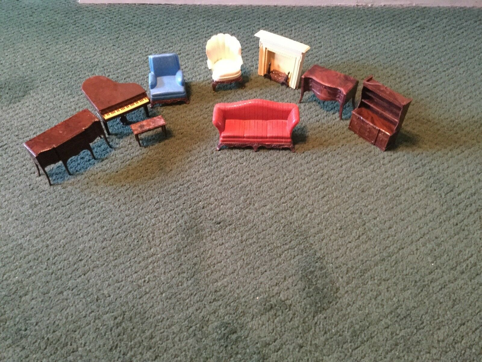RENWAL DOLLHOUSE FURNITURE LIVING ROOM GRAND PIANO FIREPLACE COUCH CHAIRS BUFFET