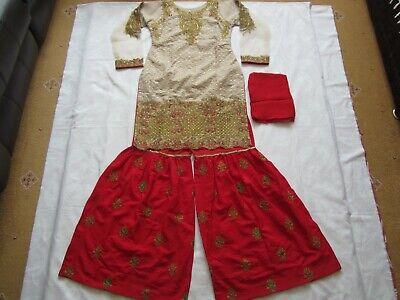 100% Vero Fancy Net Ricamato Cucito Vestito Marrone Indiano Pakistano Partito Usura E Per Eid-mostra Il Titolo Originale