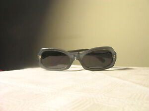 BYBLOS-EXCELLENT-VINTAGE-BLUE-FRAMES-WOMAN-SUNGLASSES