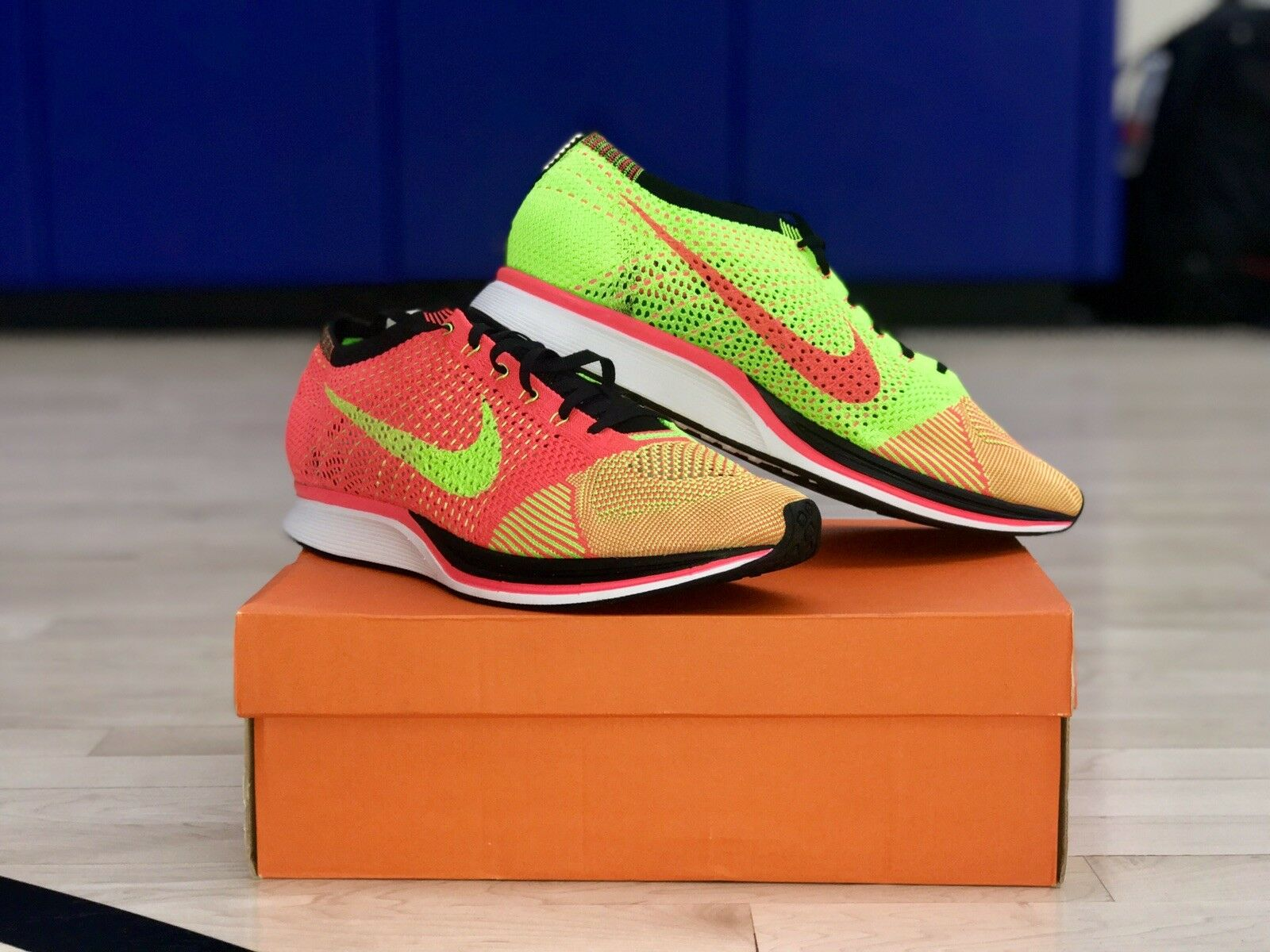 Nike Flyknit Racer HYPER Punch Electric Green Pink Orange 526628 603 Sz 12.5