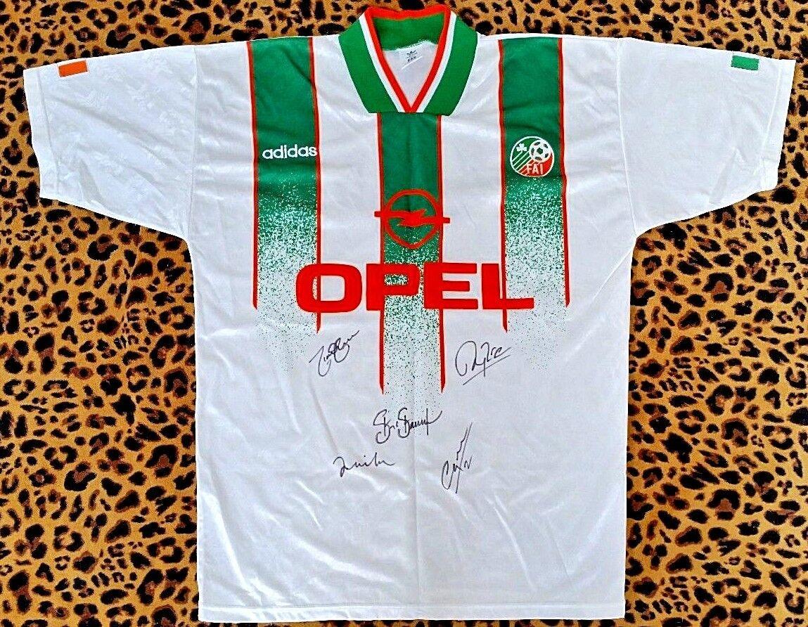 Irlanda Camiseta De Fútbol Firmada por Quinn, Keane, Staunton + 2
