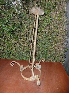 Ancienne Monture De Lustre En Fer Forgé Martelé Style Muller Art Déco 1950