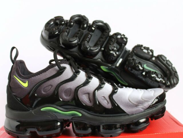 hot sale online 55d30 ac81e Nike Air Vapormax Plus Neon 95 924453-009 Black Volt White Size 9