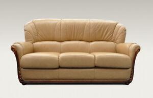 Divano classico a 3 posti in pelle beige e legno verniciato noce ebay - Divano classico in pelle ...