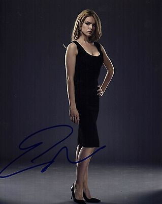 ERIN RICHARDS SIGNED GOTHAM 8X10 PHOTO! AUTOGRAPH! SEXY BABE! BARBARA GORDON