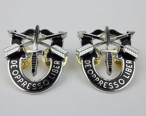 PAIR-US-ARMY-SPECIAL-FORCES-BERET-BADGE-INSIGNIA-AIRBORNE-SF-USSOCOM-CAP-PINS
