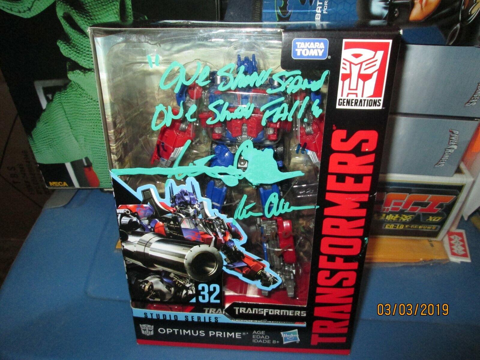 Transformers Studio Series 32 Optimus Prime Voyager signé Peter Cullen