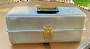 Vintage UMCO 175A ALUMINUM TACKLE BOX* 3 Tier