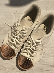 adidas superstar grigie scamosciate