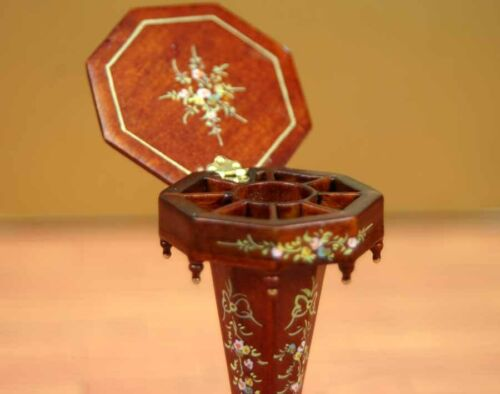 """Mahogany Octagon Side Table MUSEUM QUALITY DOLLHOUSE FURNITURE 1:12 or 1/"""" BESPAQ"""
