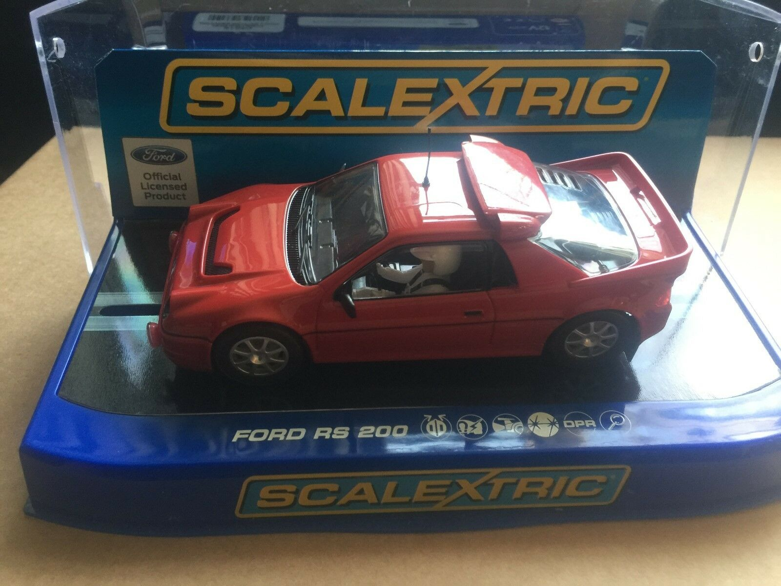 SCALEXTRIC DARK RED FORD RS200 COLLECTOR CENTRE REF C3319 M B