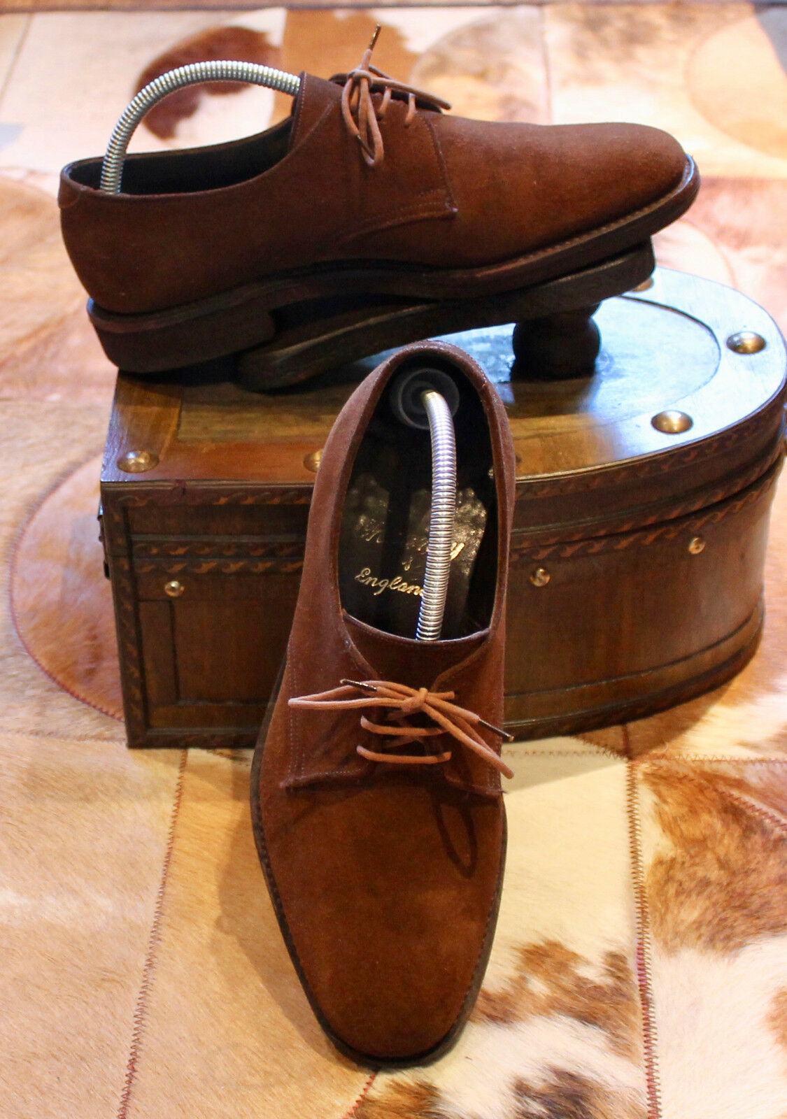 VINTAGE Derby CHEANEY
