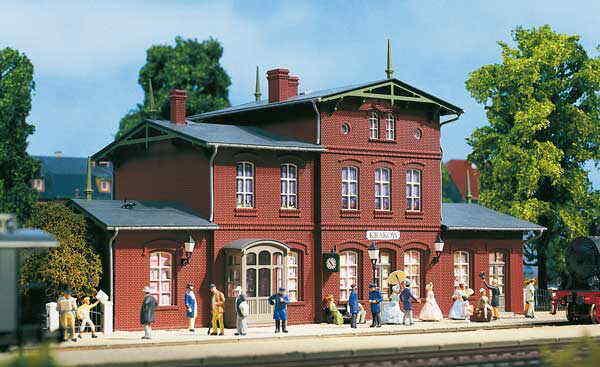 AUHAGEN 11381 stazione ferroviaria Lviv h0 NuovoScatola Originale