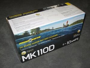 NEW-Minn-Kota-MK110D-On-Board-Boat-Battery-Charger-10-Amp-Waterproof-Automatic