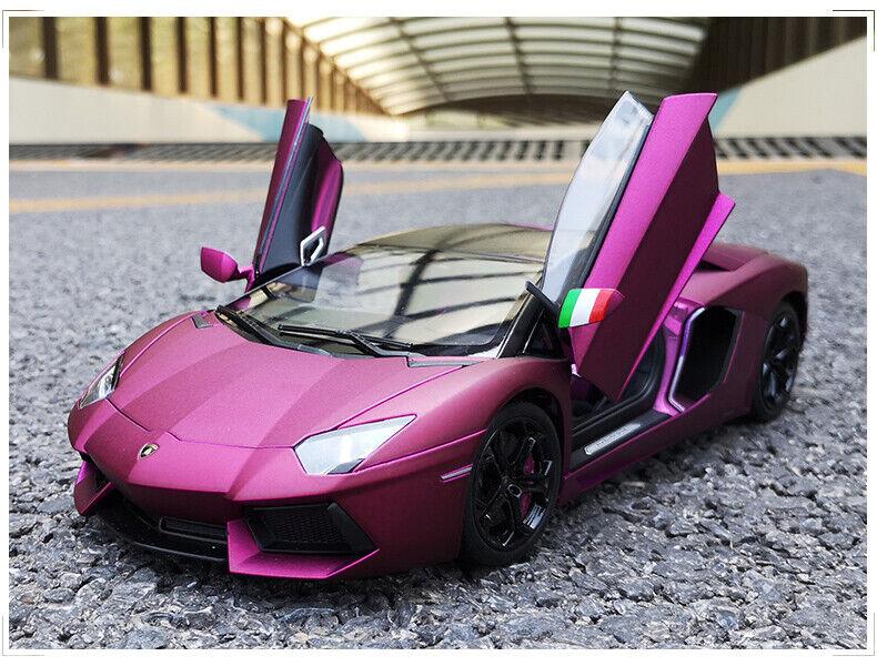 diseño simple y generoso 1 18 18 18 Lamborghini Aventador LP700-4 Color Púrpura Welly  precios mas baratos