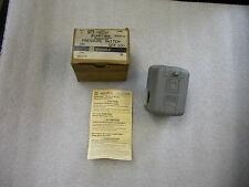 SQUARE D PUMPTROL PRESSURE SWITCH 9013FHG3J27 Series B
