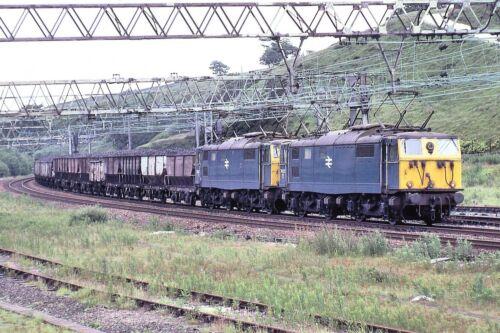 76025 /& 76027 British Rail 6x4 Quality Rail Photo