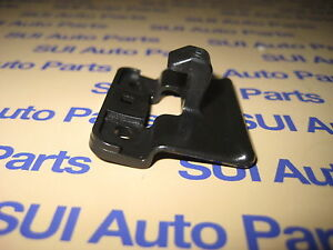 Toyota-Tacoma-4Runner-Truck-Car-Center-Console-Lid-Latch-Striker-T9-3z-Qty-1