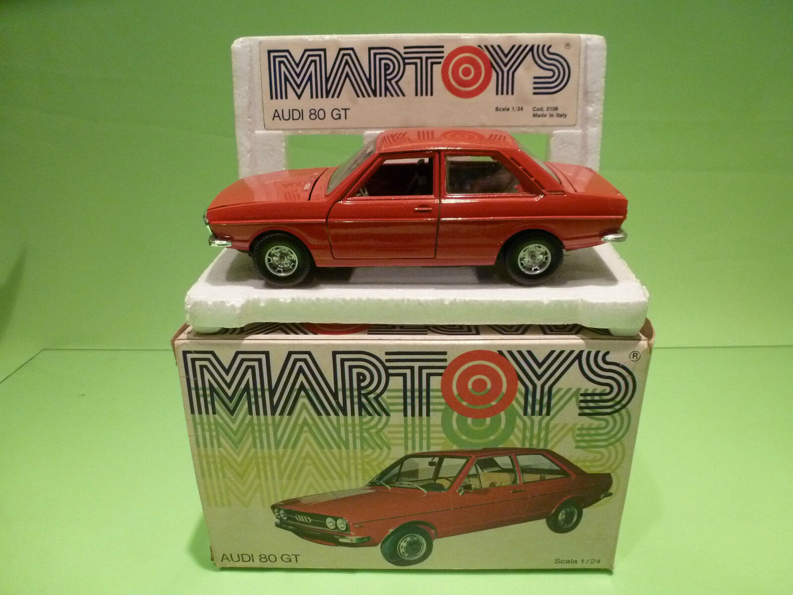 MARTOYS  1 24  - AUDI 80 GT   0106  - IN ORGINAL  BOX   - GOOD  CONDITION