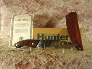 NAHC-LIFE-MEMBER-8-039-I-2in-SKINNER-HUNTING-KNIFE-WITH-BROWN-LEATHER-SHEATH