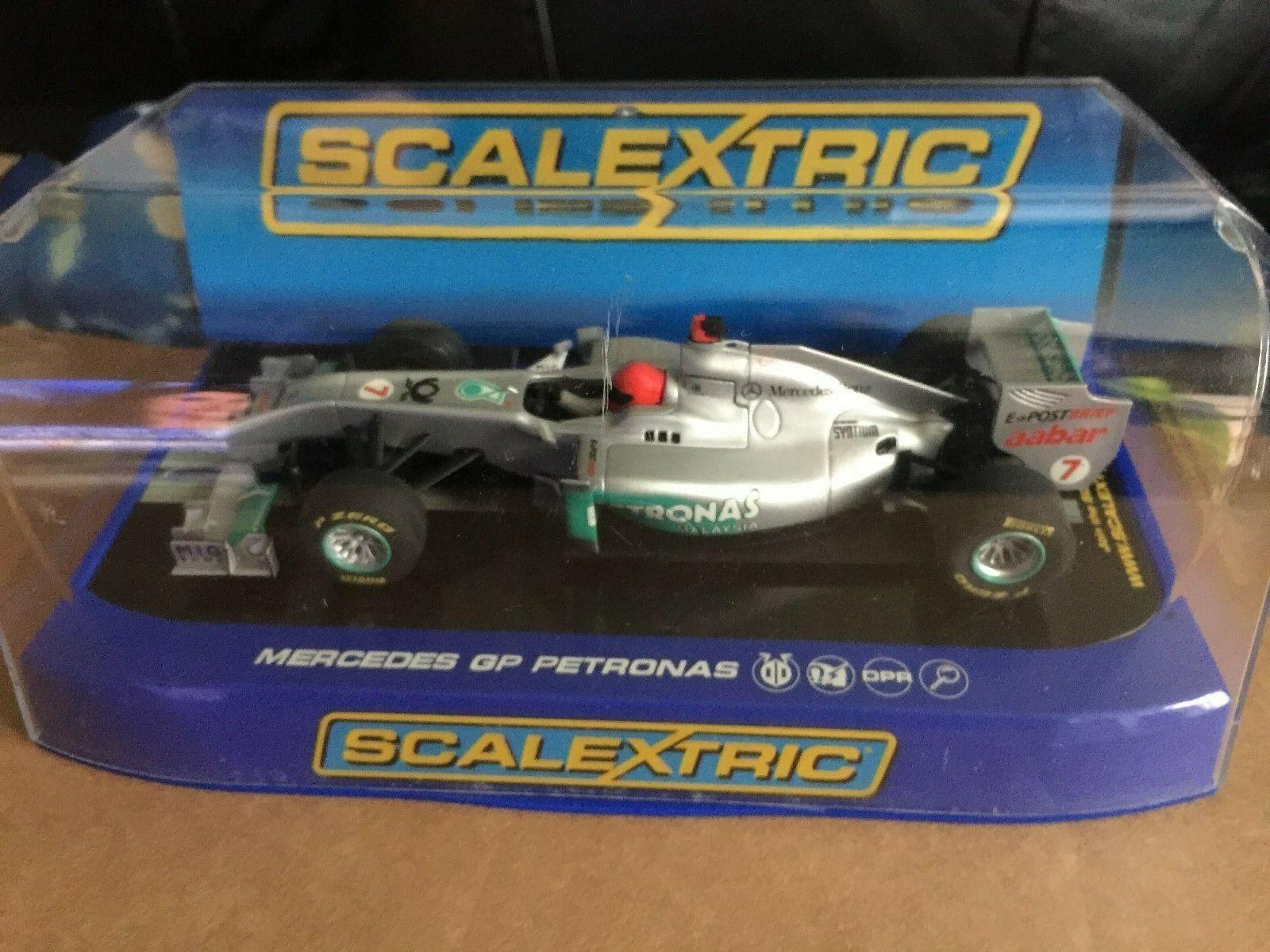 M b SCALEXTRIC  Mercedes GP Petronas 2011 F1 Schumacher No.7 c3167