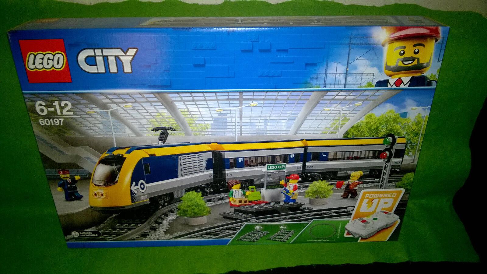 Lego 60197 City Le train de passagers télécommandé