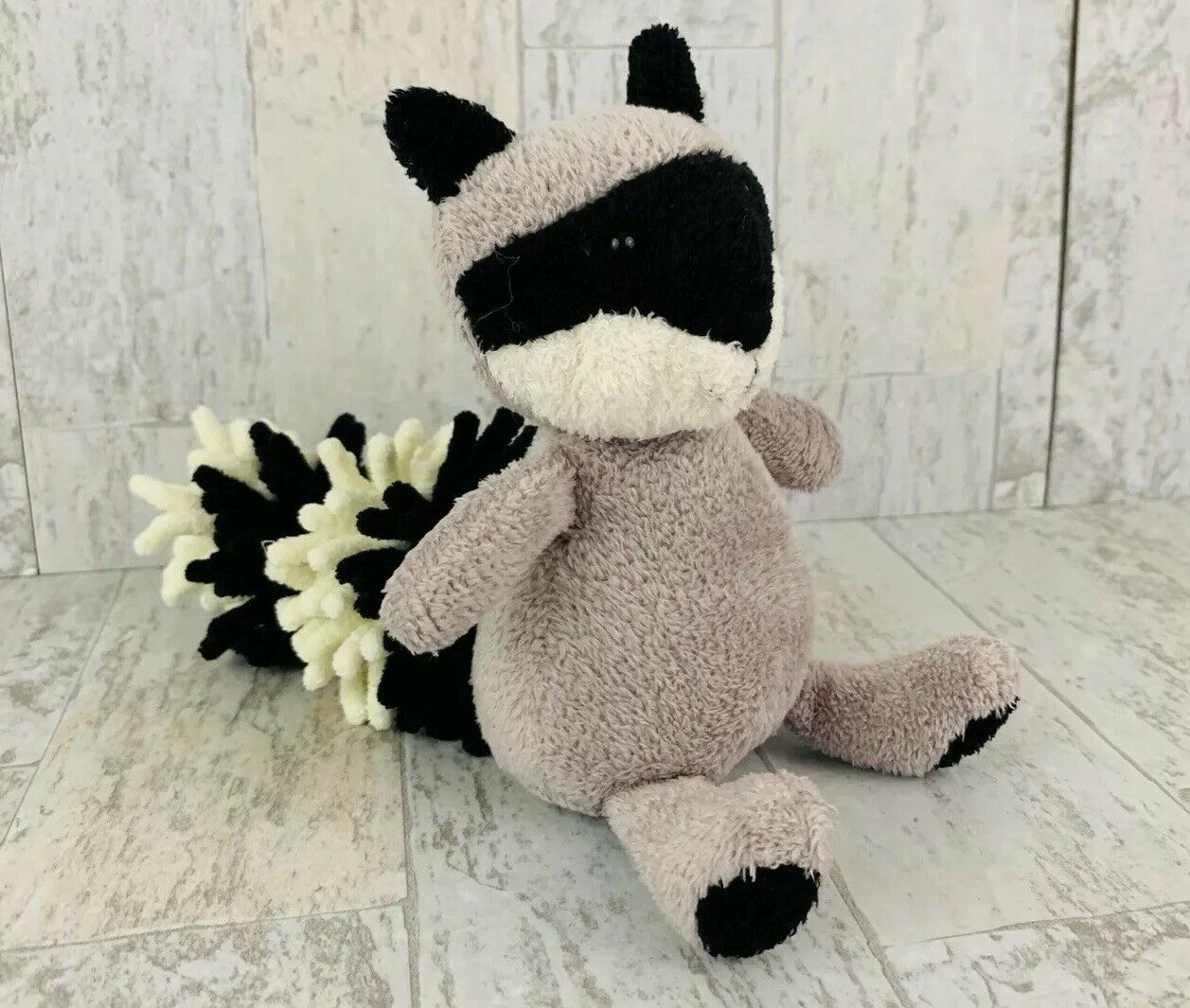 "Jellycat Noodle Raccoon 9"" Small Plush Stuffed Animal Nubby Tail A"