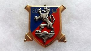 Un-insigne-militaire-20-Regiment-Artillerie