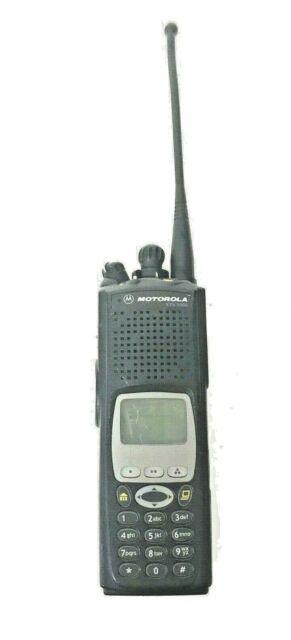Motorola XTS5000 XTS 5000 Model III 700 / 800 Mhz Two Way Radio H18UCH9PW7AN