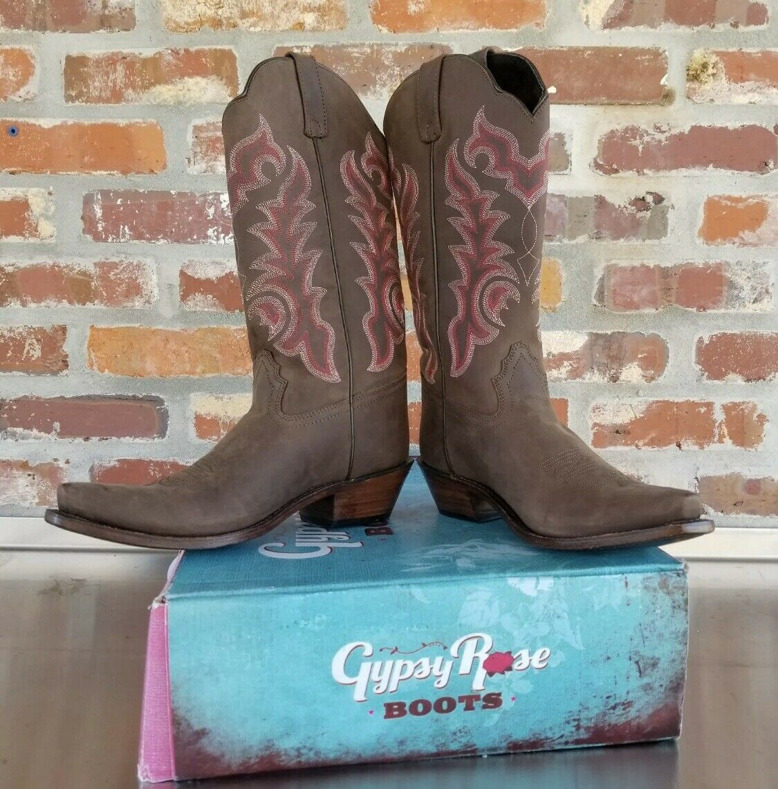 NEW Womens 8 GYPSY ROSE matte Brown Leather Cowboy Boots pink Embroidered