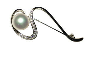 Silver-and-Pearl-Brooch