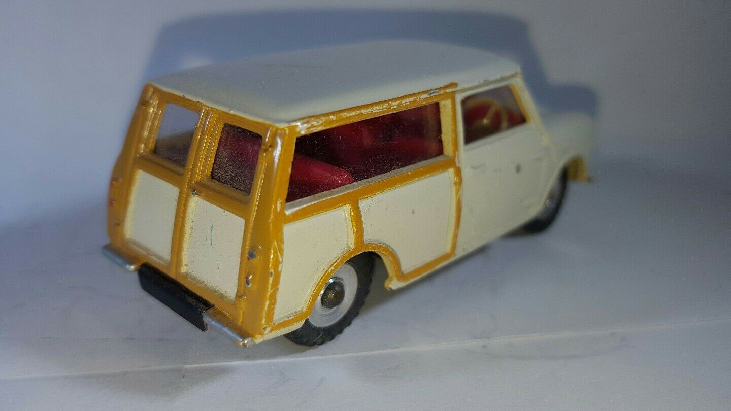 Dinky Dinky Dinky Mini Traveller Wagon. Excellent All Original Condition 84508e
