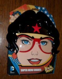491ad66fa8996 Image is loading Wonder-Woman-Super-Hero-Shades-Sunglasses-SunStaches -Figurine-