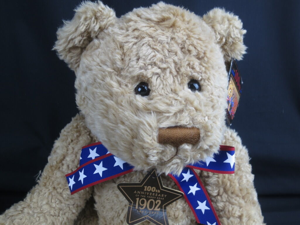 BIG NEW GUND WISH HUNDrotS ANNIVERSARY OF THE TEDDY BEAR 1902-2002 PLUSH STUFFED