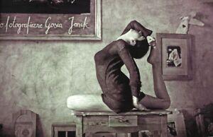 yoga art print  eka pada raja kapotasanagosia janik