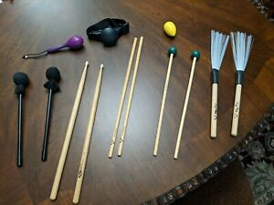 Lot De Percussion Vic Firth M132... Vater Poly Flex Brosses Maillets Etc-afficher Le Titre D'origine Service Durable