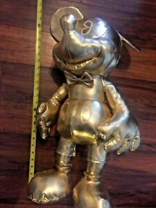 MICKEY-MOUSE-90TH-ANNIVERSARY-GOLD-COLLECTION-LARGE-PLUSH-October-in-Hand