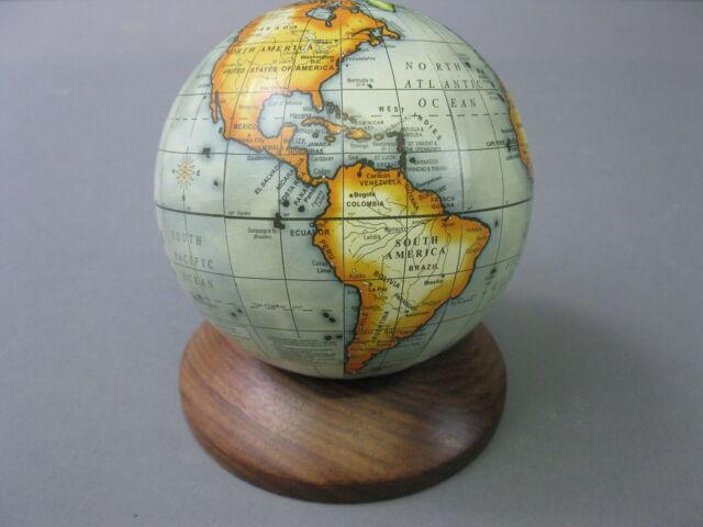 Holz  Untersatz   mit  Globus Weltkugel 10cm