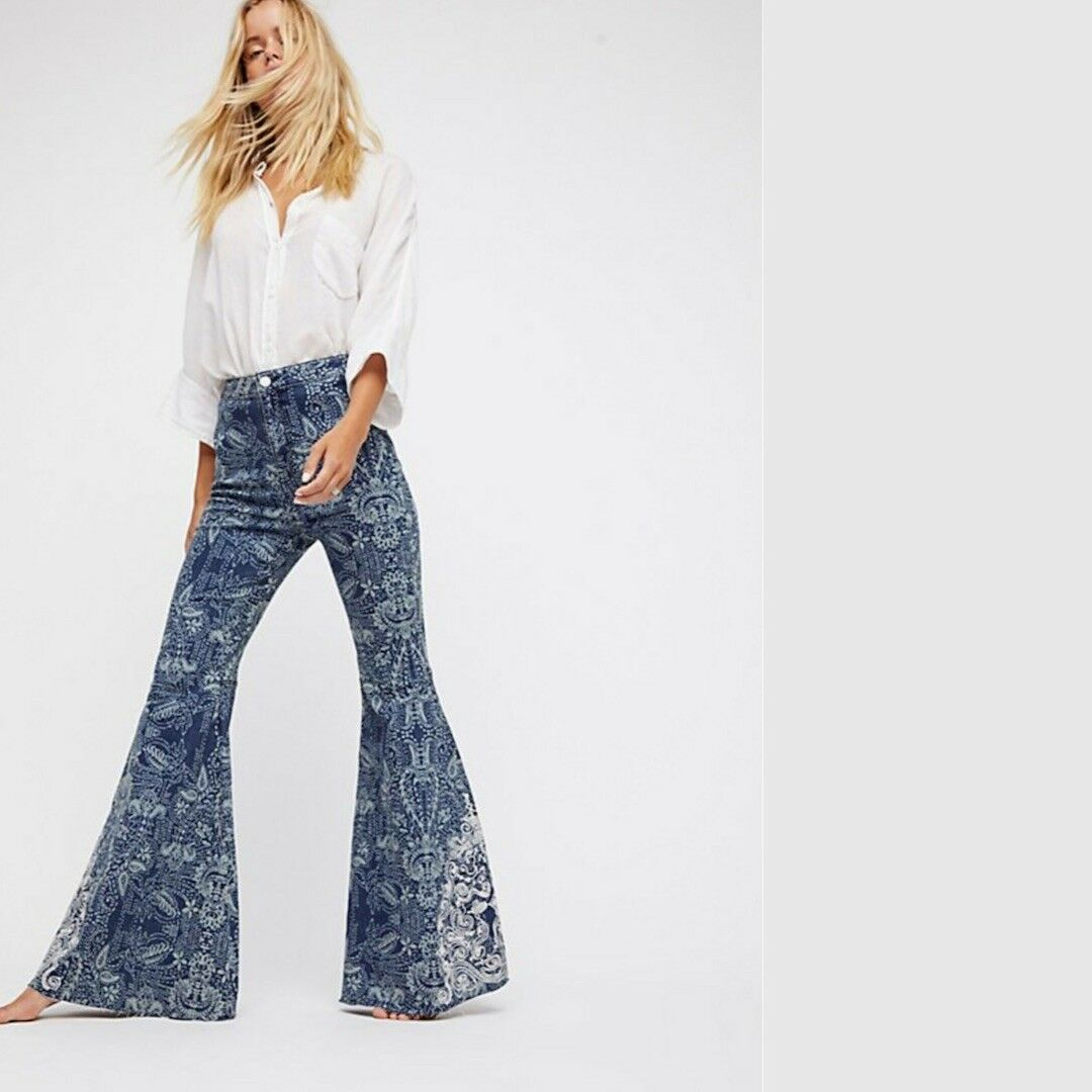 NWT FREE PEOPLE Embellished Float On Flare Jeans Embroidered bluee Size 25  128