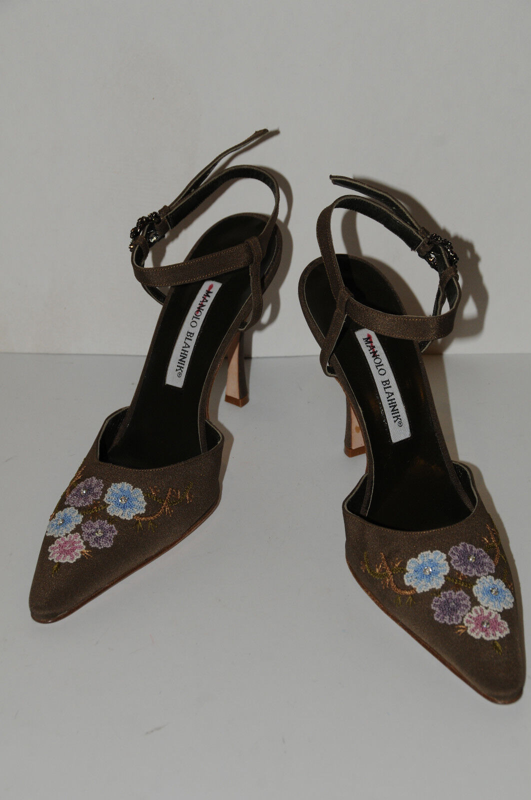 New MANOLO BLAHNIK marron JEWELED Sling chaussures 39.5 9.5 9.5 9.5 9 94ab9e
