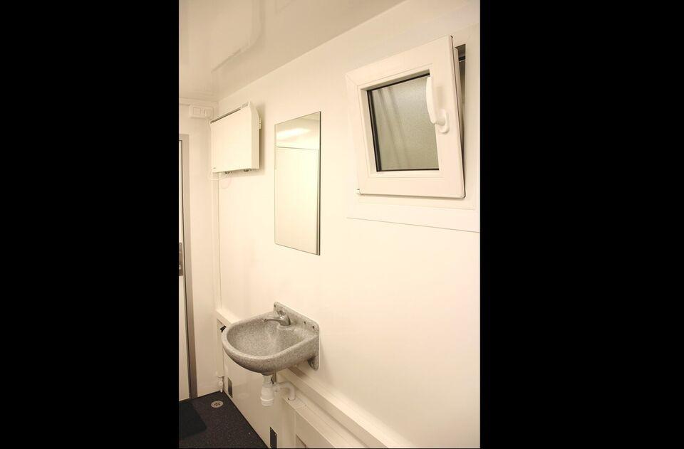 Trailer Kongeaa T718 - 10 x Toilet, lastevne (kg): Kongeaa
