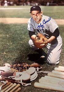 Yogi-Berra-8x10-SIGNED-PHOTO-AUTOGRAPHED-HOF-Yankees-REPRINT