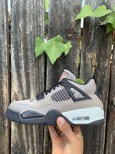 Jordan 4 Retro Taupe Haze 2021 (Size 7y)