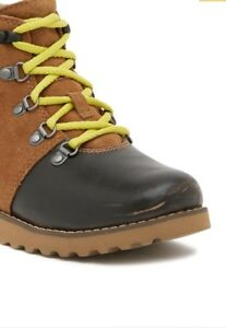26ecb5f281a Details about UGGS/ hilmar suede & genuine shearling lining Ugg kid's boots  sizes ( 2)