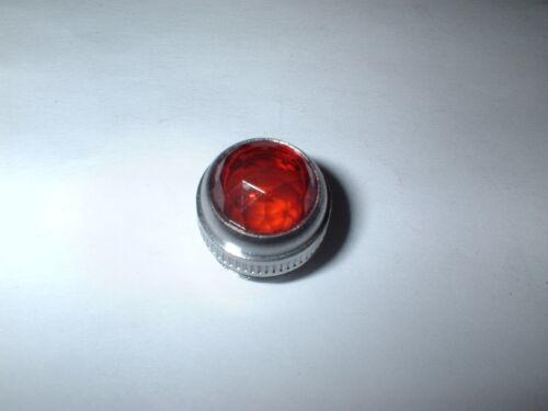 "SYLVANIA 30100 RED T-2 MOUNTING HOLE 11//16/"" INDICATOR LAMP JEWELED LENS BOX#31"