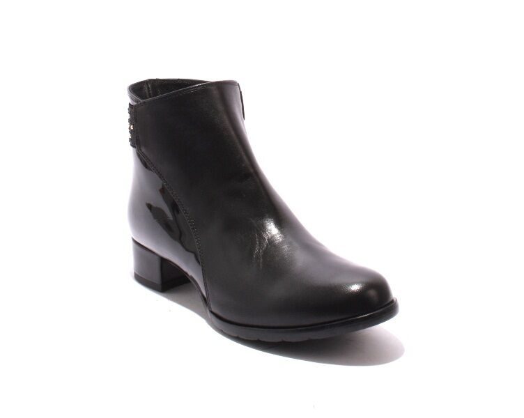 MOT-CLe 6622 Black Leather / Patent Zip-Up Ankle Heel Boots 37.5 / US 7.5