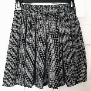 ce16bafbc0 Brandy Melville Luma Daisy Mini Skater Skirt Flowy Summer One Size ...