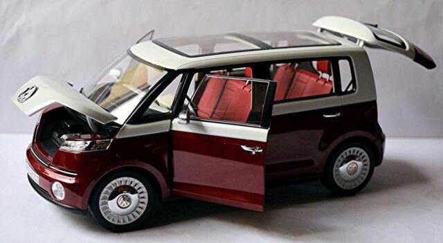 VW Volkswagen bus BULLI STUDIE Genève 2011 BLANC ROUGE RED BLANC 1:18