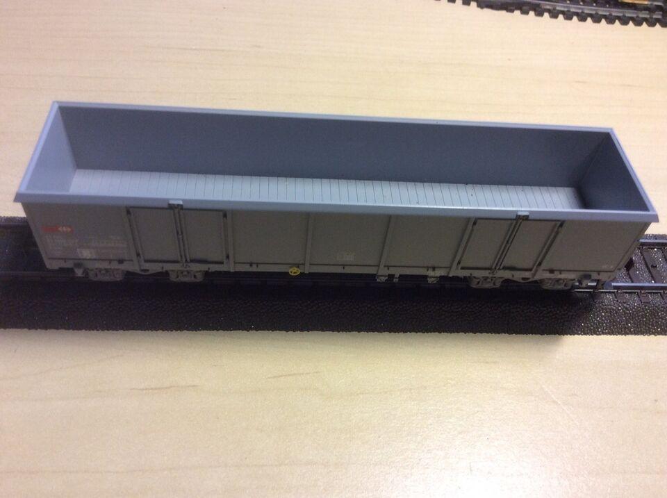 Modeltog, Märklin Grå lang åben godsvogn 4 akslet, skala H0