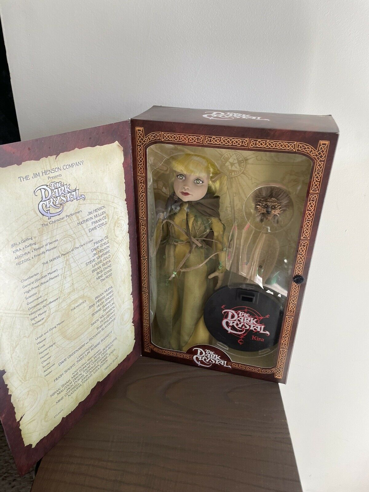"""Sideshow Collectibles The Dark Crystal Jen Gelfling 12"""" Figure on eBay thumbnail"""